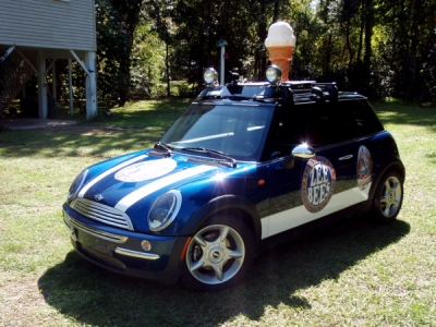 MINI Cooper Ice Cream Machine